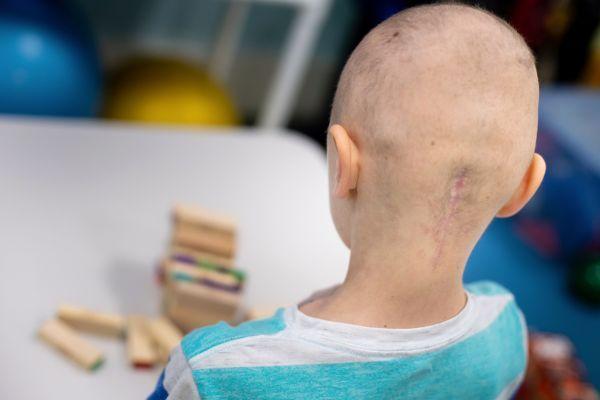 Virusul care produce paralizia infantilă sau poliomielita poate distruge cancerul cerebral