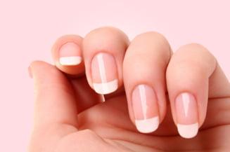 A aflat că are cancer după ce a observat un semn pe unghie. Cum arăta manichiura ei?